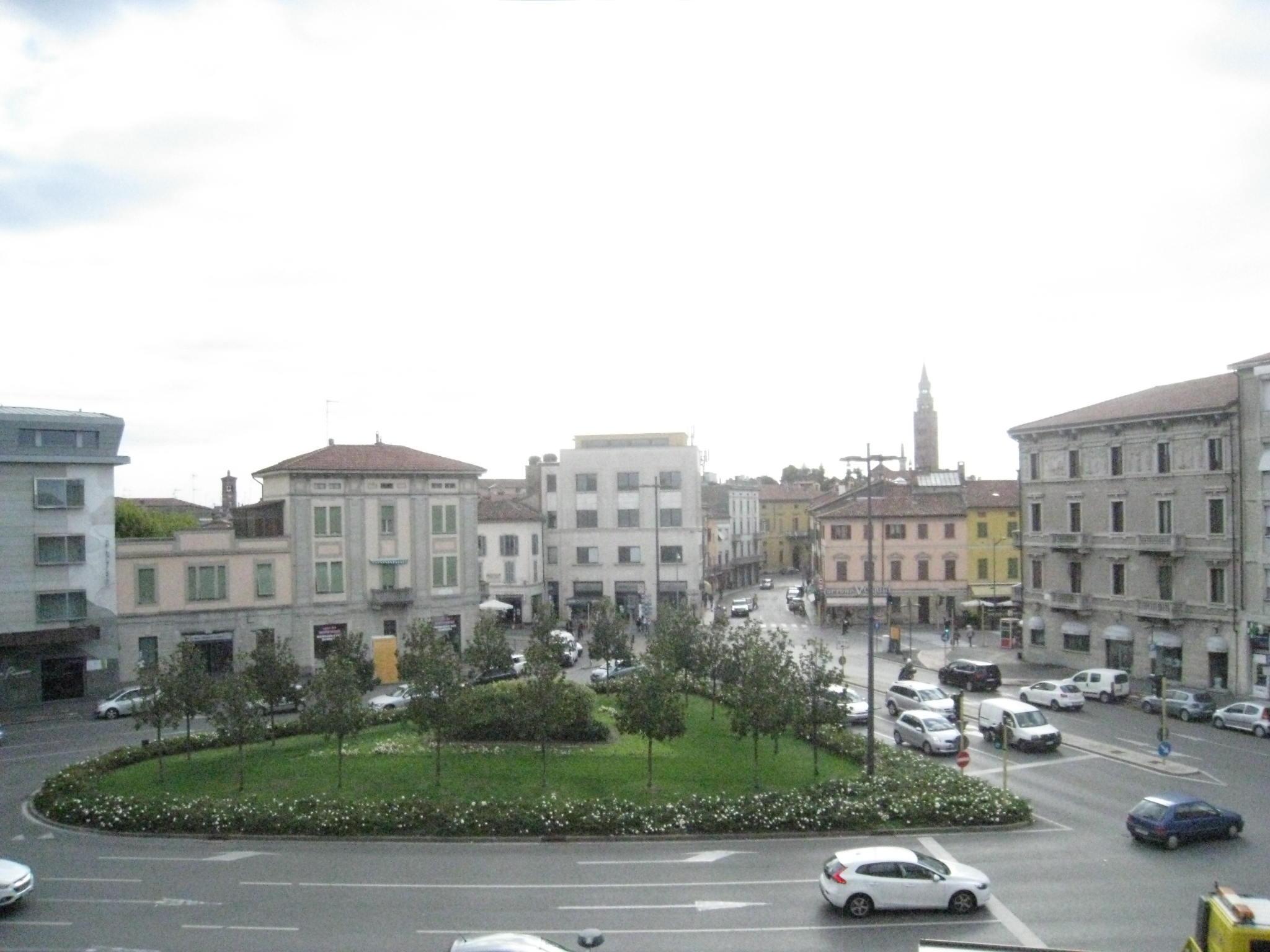 Trilocale a porta venezia cremona immobiliare for Affitto arredato cremona